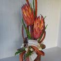 Protea parafában, Dekoráció, Dísz, Virágkötés, Parafa az alapja ennek a Proteás összeállításnak.Nagyon természetes hatású ,meleg lakásdísz lehet. ..., Meska
