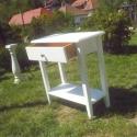 Fehér 1 fiokos kisasztalka, Bútor, Dekoráció, Asztal, Famegmunkálás, Mindenmás, Fenyőfából készült egy fiókos, polcos kisasztalka magasság: 75 cm asztallap mérete: 60 x 30 cm natú..., Meska