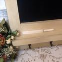 Rusztikus stílusú konyhai felíró tábla- krém színű, Konyhafelszerelés, Otthon, lakberendezés, Festett tárgyak, Fából készített, krém színűre festett, antikolt, egyszerű vonalvezetésű, viaszolt felíró tábla kis ..., Meska