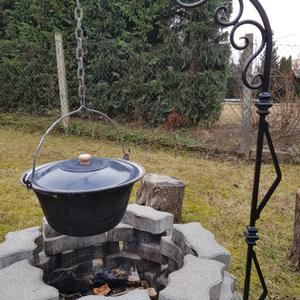 Bográcstartó állvány, Otthon & Lakás, Ház & Kert, Kerti bútor, Kovácsoltvas, Fémmegmunkálás, Nagyon szeretünk a családdal a kertben főzni.  Magunknak készítettem ezt a szép bográcstartó állván..., Meska