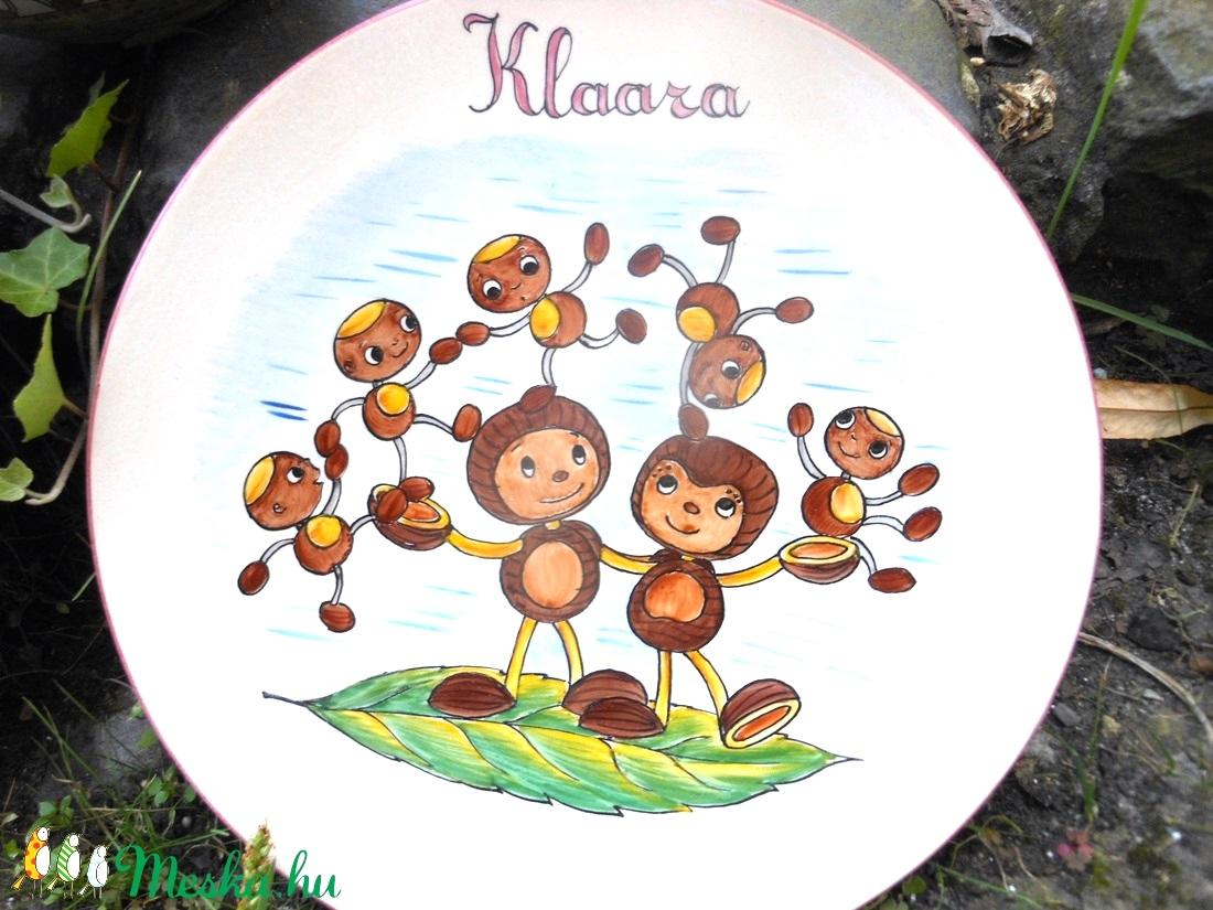 festett tányér gesztenye családdal