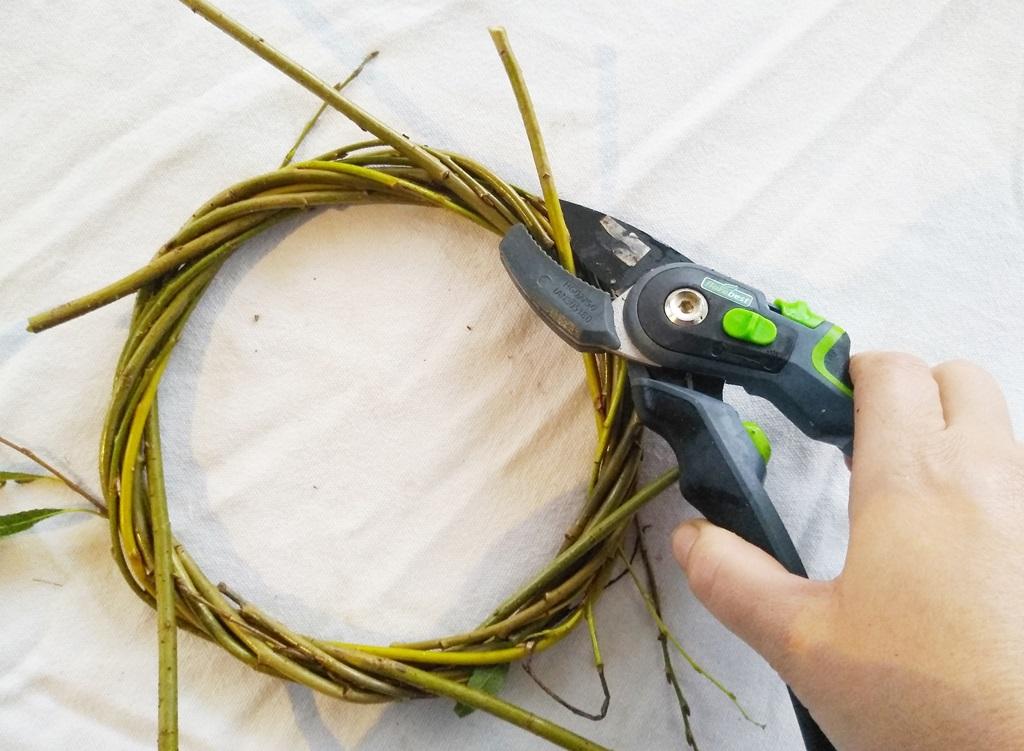 kisdiostudio, fűzfa koszorú alap DIY