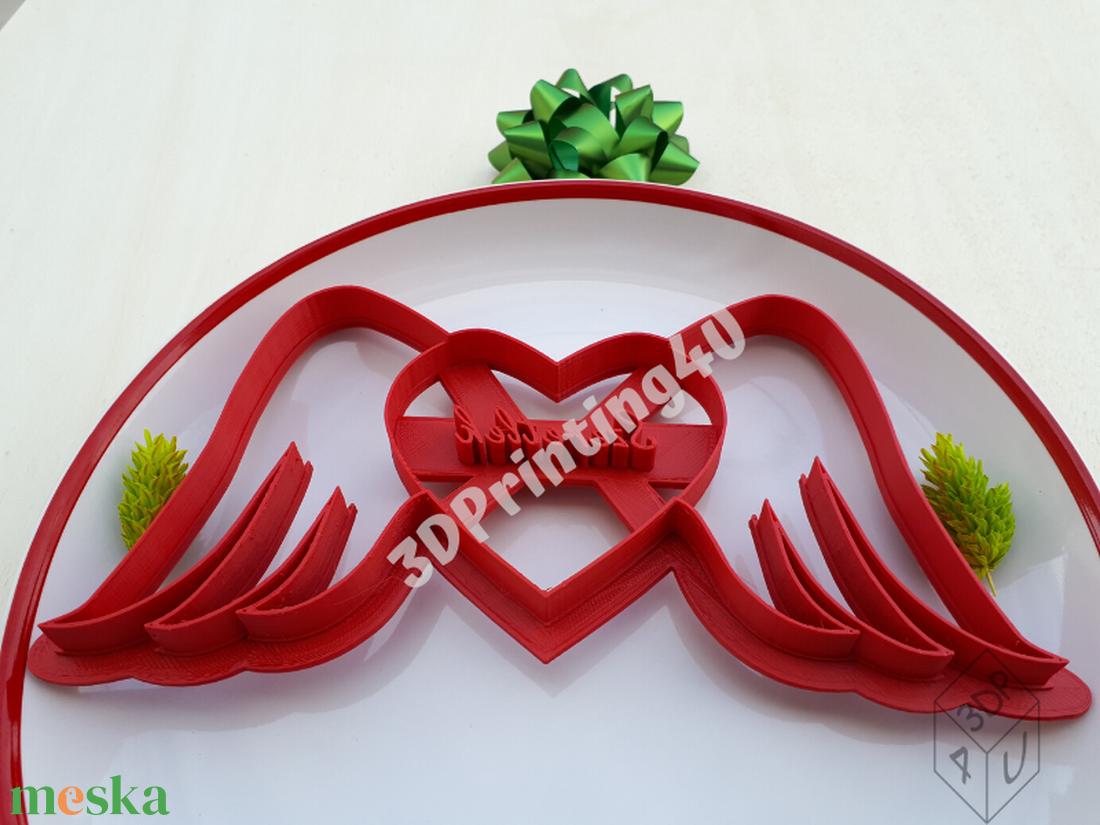 Szív szárnnyal szeretlek felírattal sütikiszúró keksz kiszúró mézeskalácsforma linzer szaggató 3D nyomtatás Valentín nap - otthon & lakás - konyhafelszerelés - sütikiszúró - Meska.hu