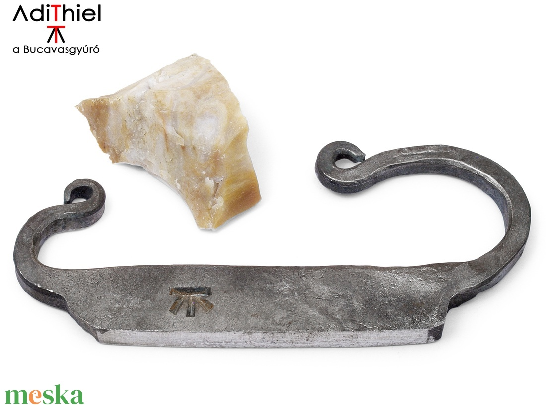 Kovácsolt acél tűzcsiholó kovakővel, [E_02a] (adithiel) - Meska.hu