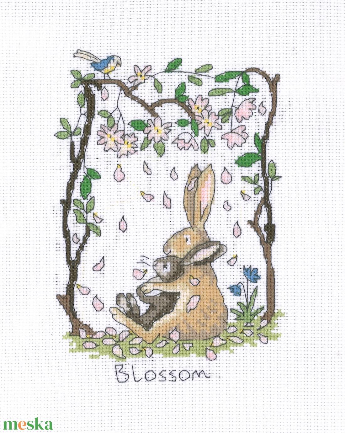 Nyuszi - Blossom (Virágzás) - Meska.hu