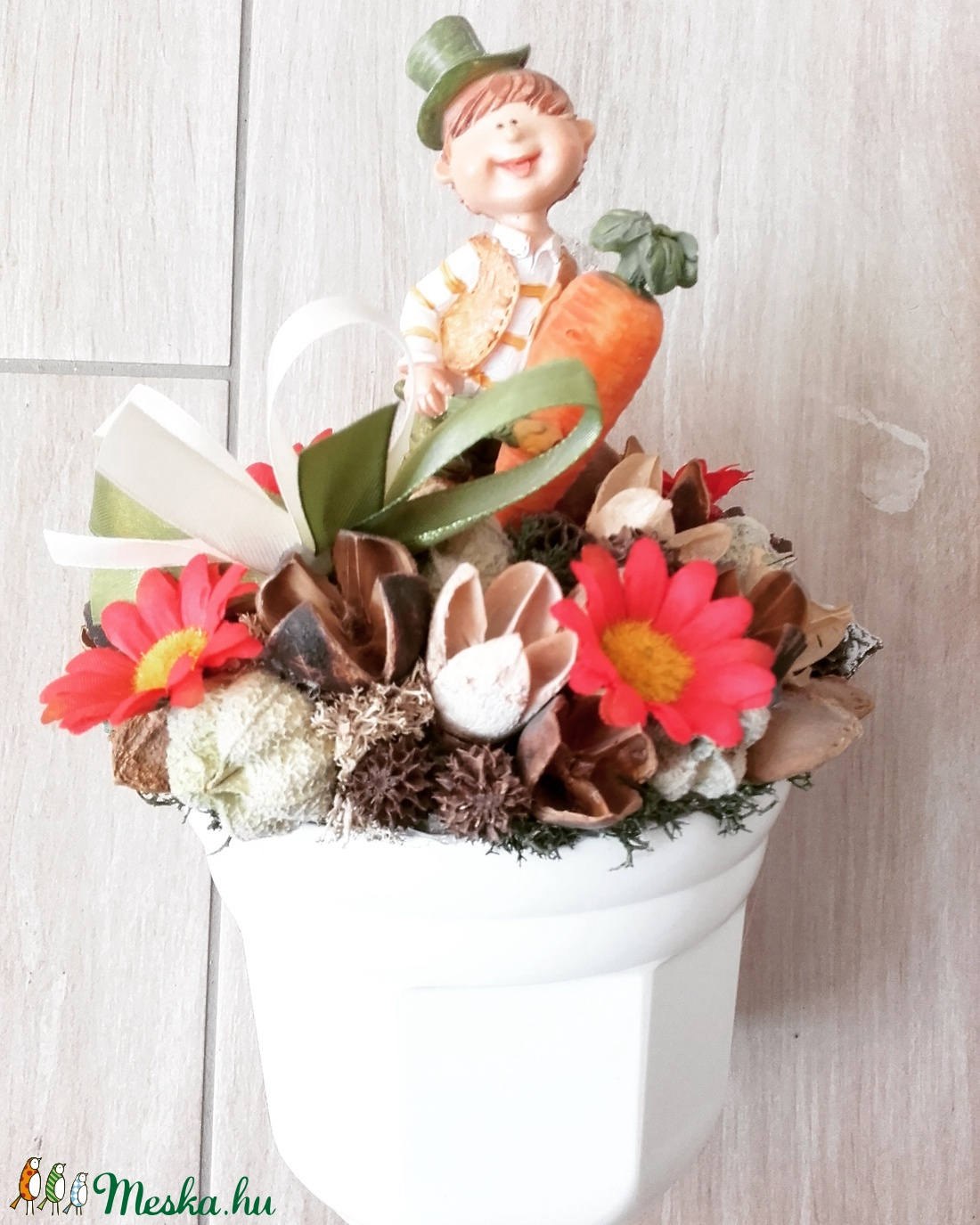KONYHAI zöldséges-virágos fiú asztaldísz, dísz, dekoráció KÉSZTERMÉK - otthon & lakás - dekoráció - asztaldísz - Meska.hu