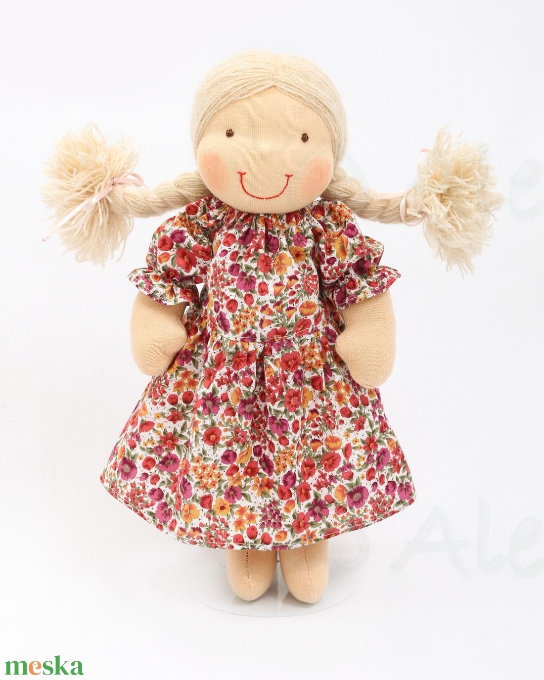 ... Waldorf baba és azonos anyagból készült kislány ruha (Aledi) - Meska.hu  ... 66e8f27372