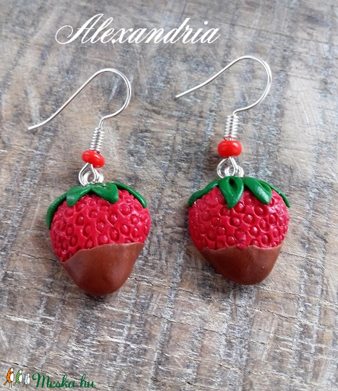 Csokis eper - ékszer - fülbevaló - lógó fülbevaló - Meska.hu