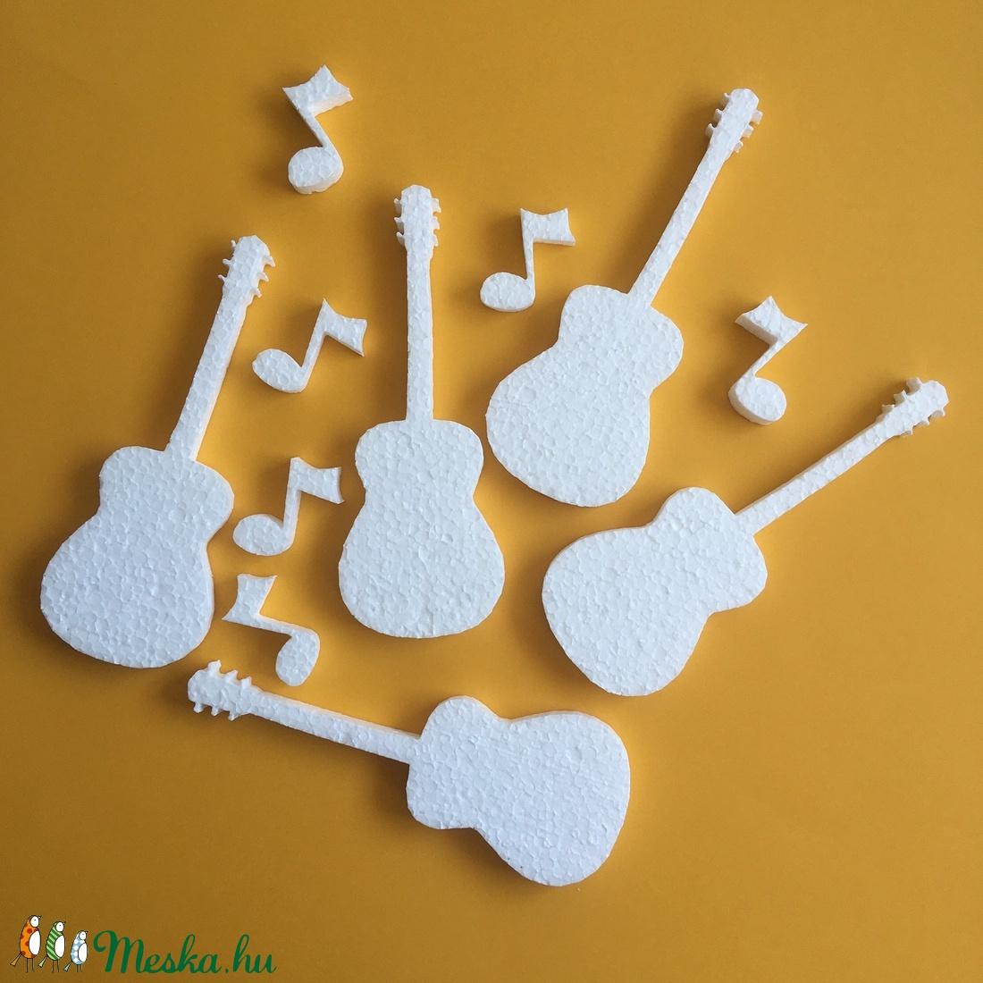 Hungarocell figurák – gitár hangjegyekkel (11db) - Meska.hu