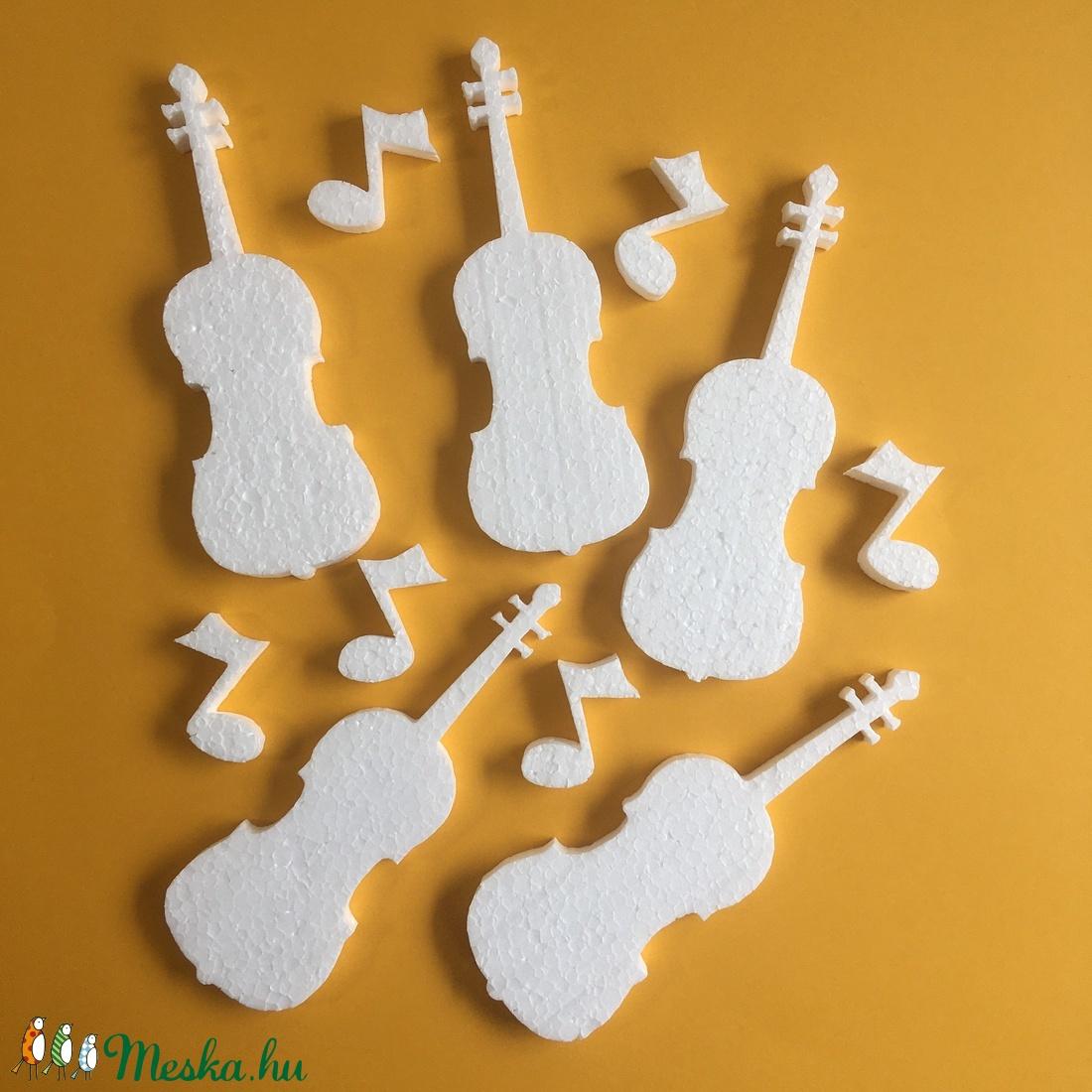Hungarocell figurák – hegedű hangjegyekkel (11db) - Meska.hu