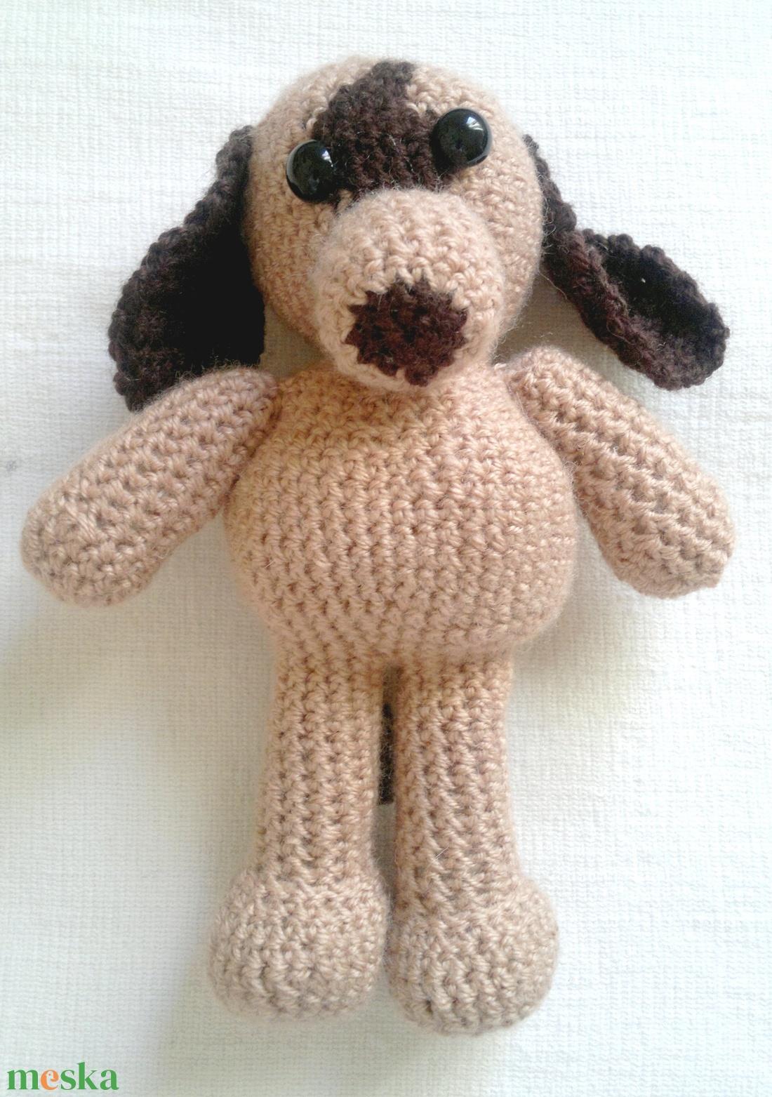 aranyos horgolt barna kutya - játék & gyerek - plüssállat & játékfigura - kutya - Meska.hu