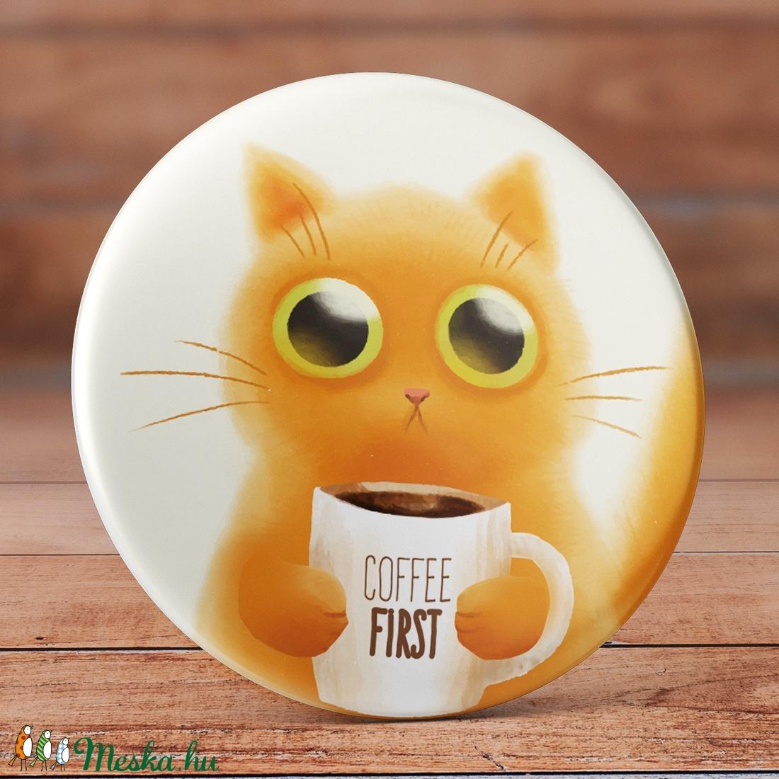 Kávés cica mágnes - Cica hűtőmágnes - Kávés mágnes - Kávé mágnes - macska mágnes - cicás ajándék - macskás ajándék (AngelPin) - Meska.hu