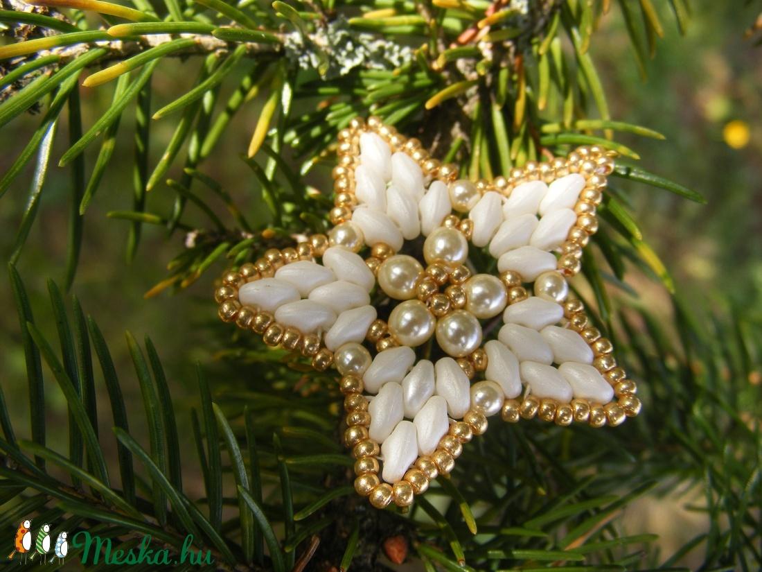 Aranycsillag - Arany, fehér gyöngy karácsonyfadísz - karácsony - Meska.hu