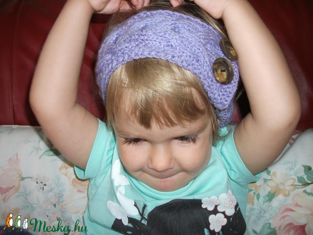 Lila kötött fejpánt, hajpánt kicsiknek, vagy nagyoknak - ruha & divat - babaruha & gyerekruha - Meska.hu