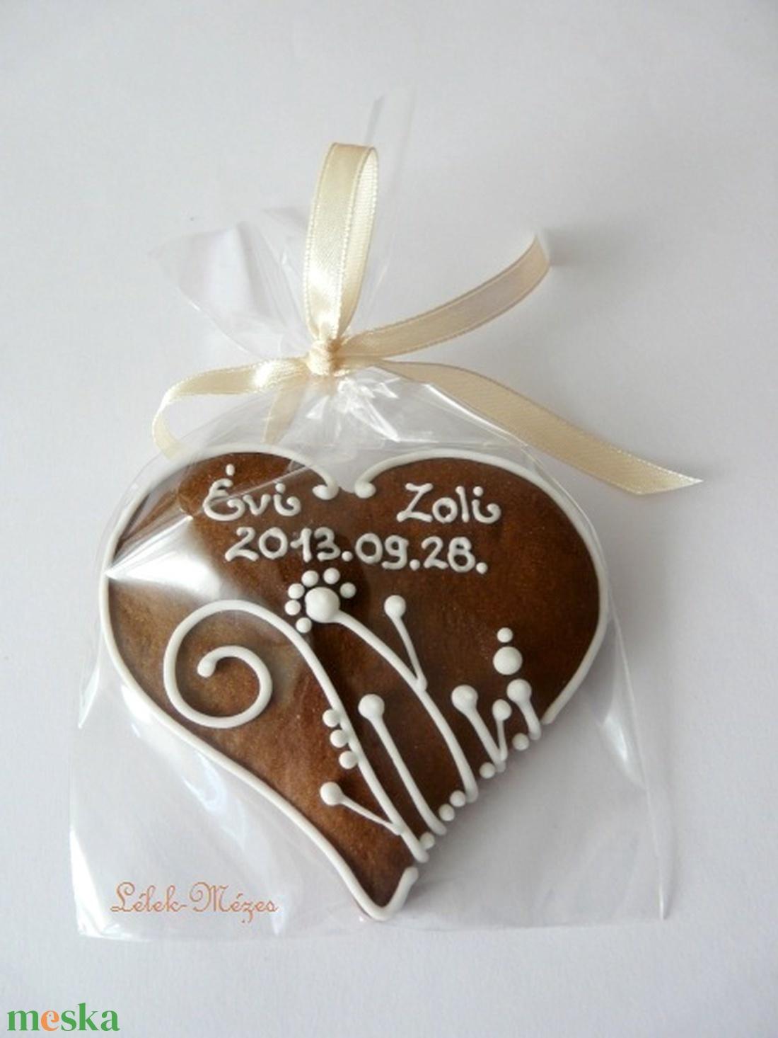 Esküvőre köszönetajándék,Vadvirágos1mézeskalács szív - esküvő - emlék & ajándék - köszönőajándék - Meska.hu