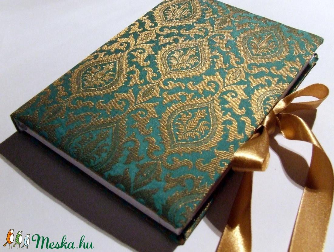 HATÁRIDŐNAPLÓ 2016 - Türkiz-arany indiai brokát (anyeska) - Meska.hu 16303a102b