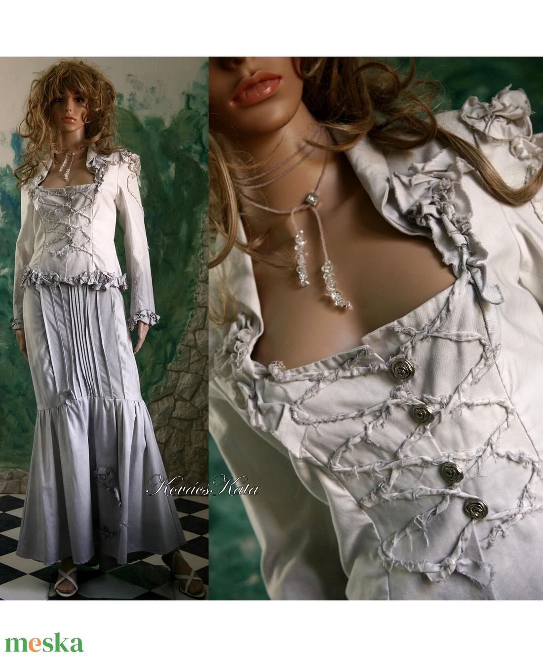 ANASZTÁZIA - romantikus örömanya kosztüm (Aranybrokat) - Meska.hu d096f0e705