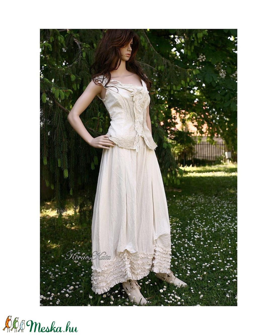 MILLENIUM - romantikus designruha - alternatív menyasszonyi ruha ( Aranybrokat) - Meska.hu 3bc0344209