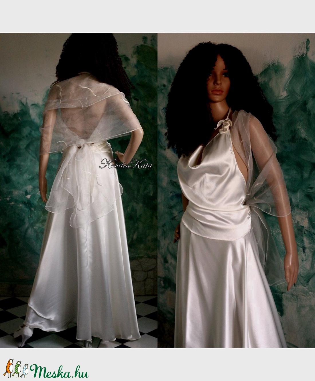 JÚLIA - menyasszonyi ruha (Aranybrokat) - Meska.hu 191d045291