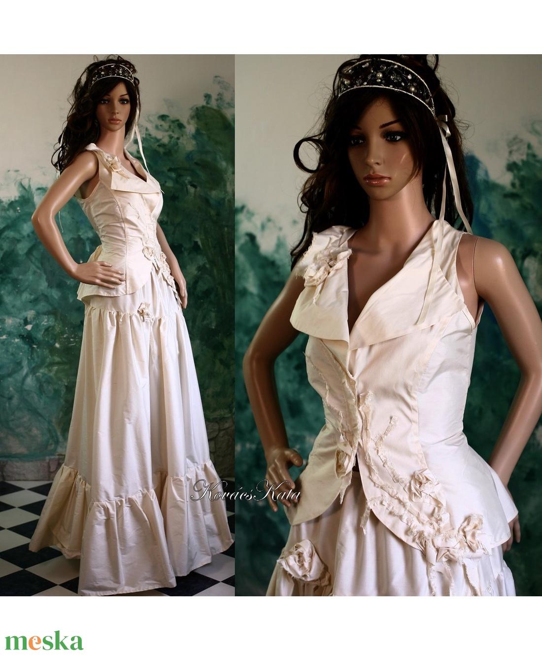 ADELE - menyasszonyi ruha (Aranybrokat) - Meska.hu a84203856d