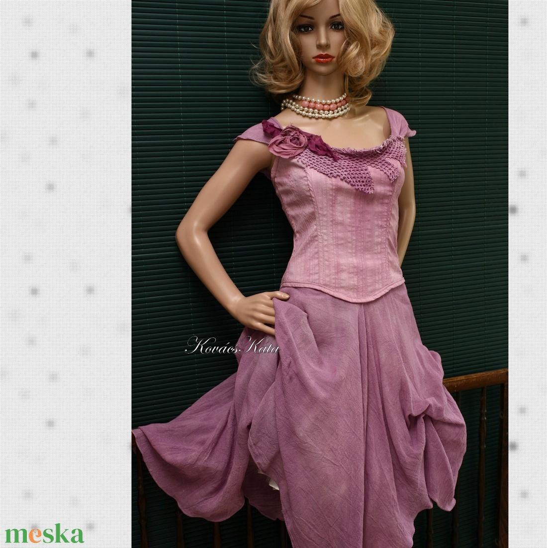 GEORGINA - pin-up design-ruha (Aranybrokat) - Meska.hu 72a09926b1