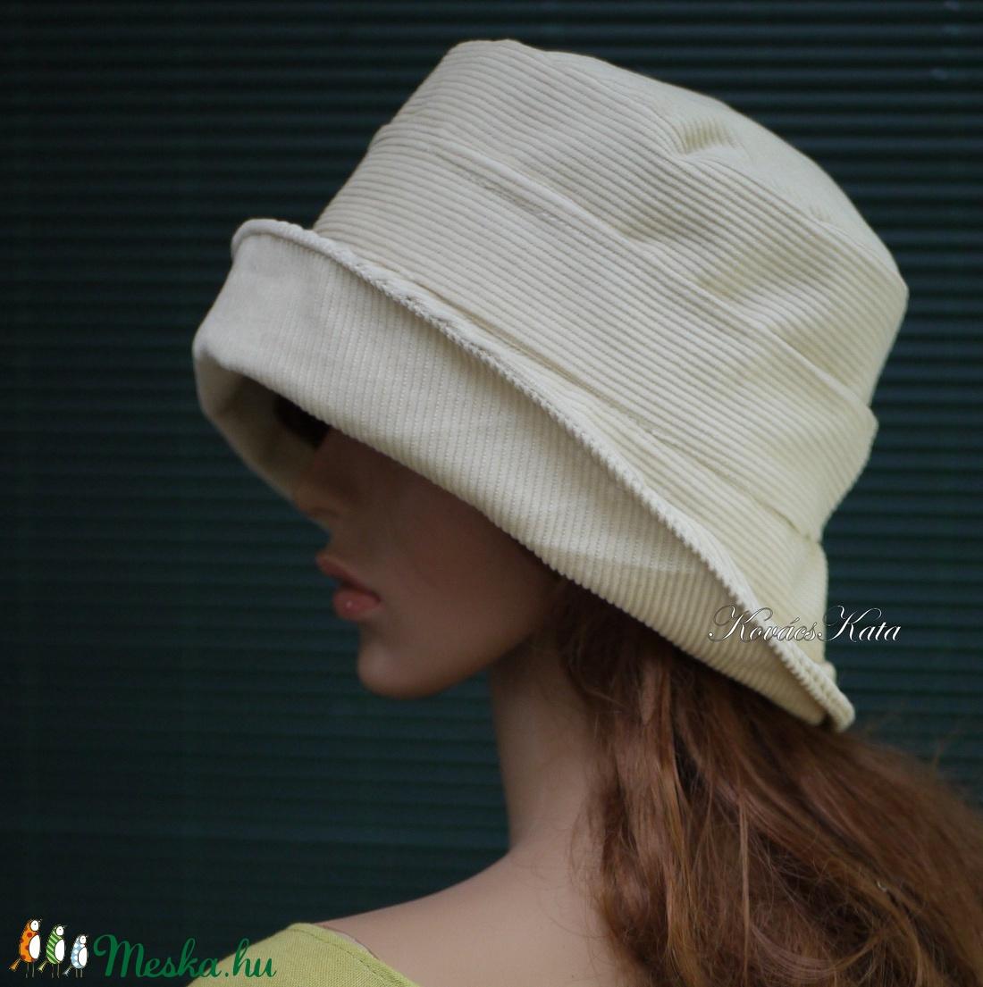 GINA - elegáns kézműves kalap selyemvirággal - ruha & divat - sál, sapka, kendő - kalap - Meska.hu