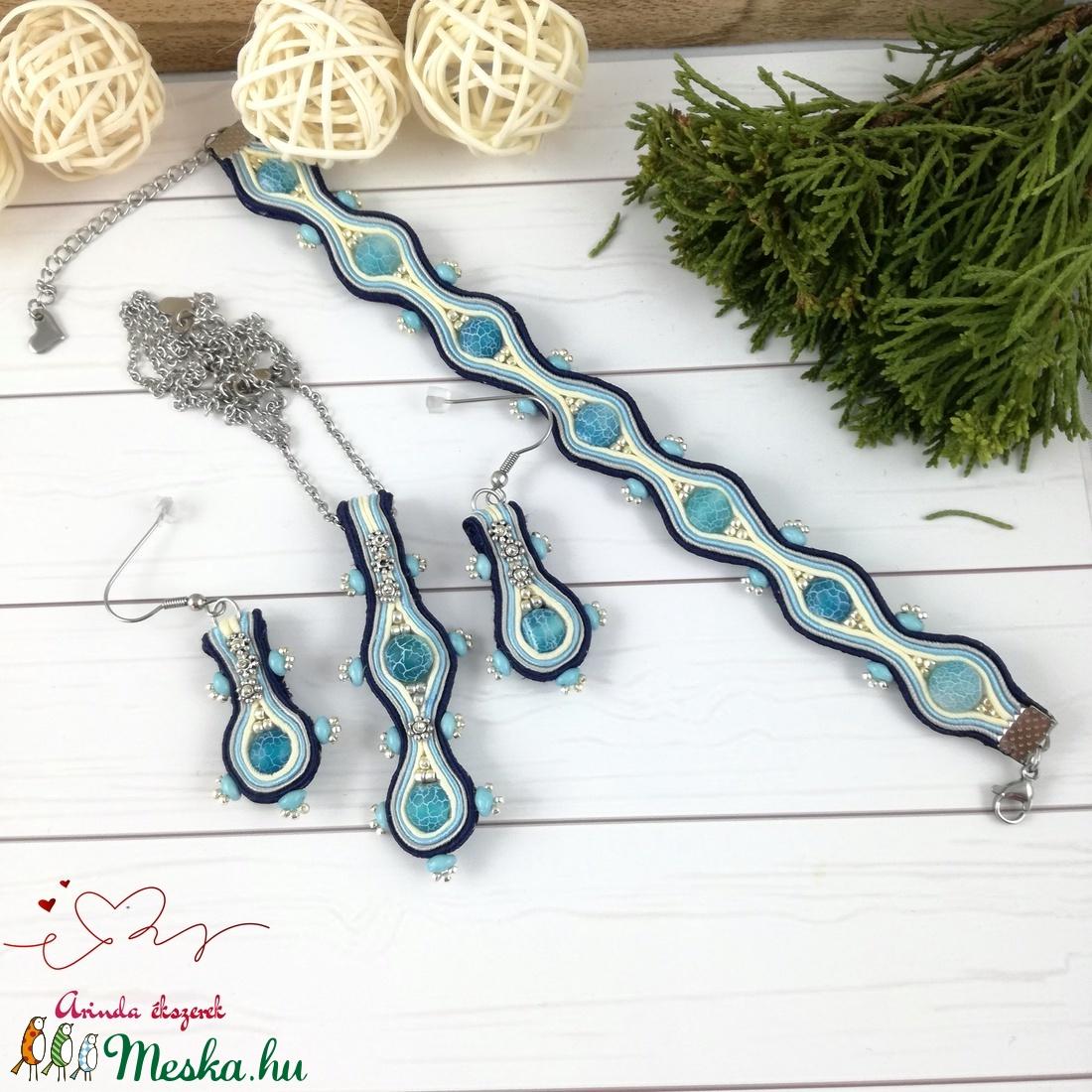 Csipkés kék achát sujtás nyaklánc fülbevaló karkötő szett esküvőre koszorúslány menyecske örömanya násznagy ünnepi - ékszer - ékszerszett - Meska.hu
