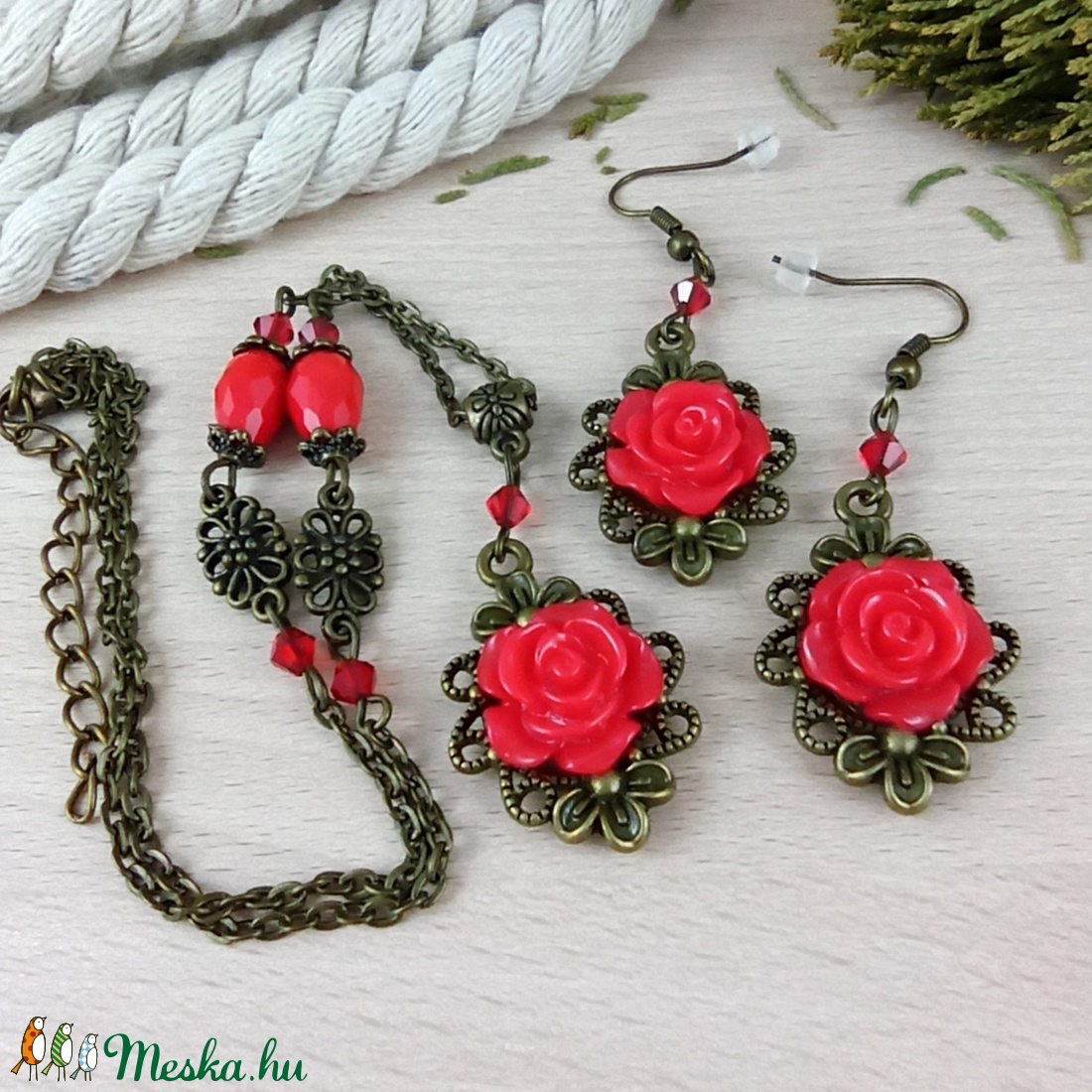 #45 piros rózsás antik bronz szett nyaklánc fülbevaló esküvő alkalmi koszorúslány örömanya menyasszony násznagy - ékszer - ékszerszett - Meska.hu