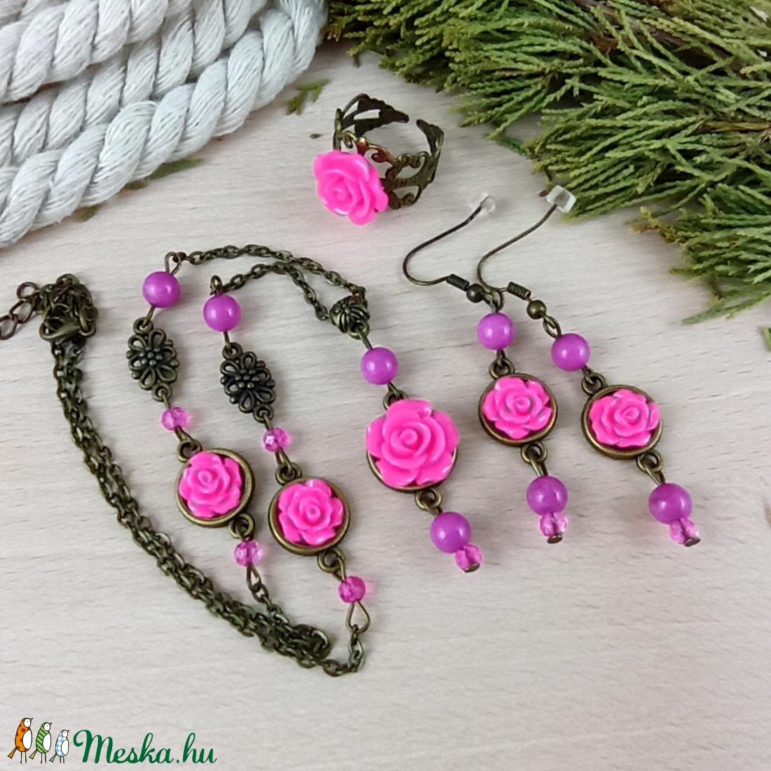#55 pink rózsás szett nyaklánc fülbevaló karkötő vintage esküvő alkalmi koszorúslány örömanya menyasszony násznagy - ékszer - ékszerszett - Meska.hu