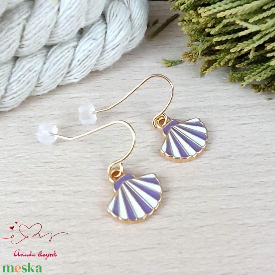 Kagyló fülbevaló karácsonyra mikulásra télire adventi kalendáriumba nőnek lánynak - ékszer - fülbevaló - lógó fülbevaló - Meska.hu