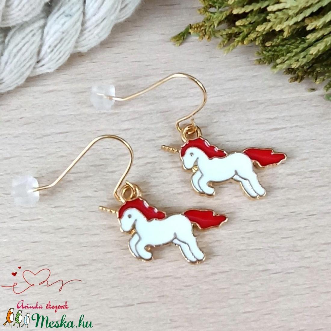 Piros unikornis fülbevaló karácsonyra mikulásra télire adventi kalendáriumba nőnek lánynak - ékszer - fülbevaló - lógó fülbevaló - Meska.hu