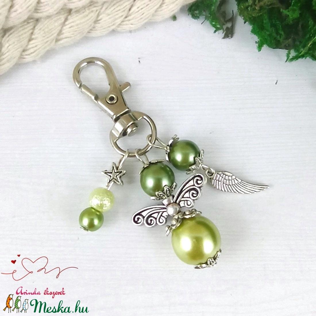 Zöld angyalkás kulcstartó táskadísz anyák napja ballagás évzáró pedagógus karácsony szülinap névnap  - táska & tok - kulcstartó & táskadísz - táskadísz - Meska.hu