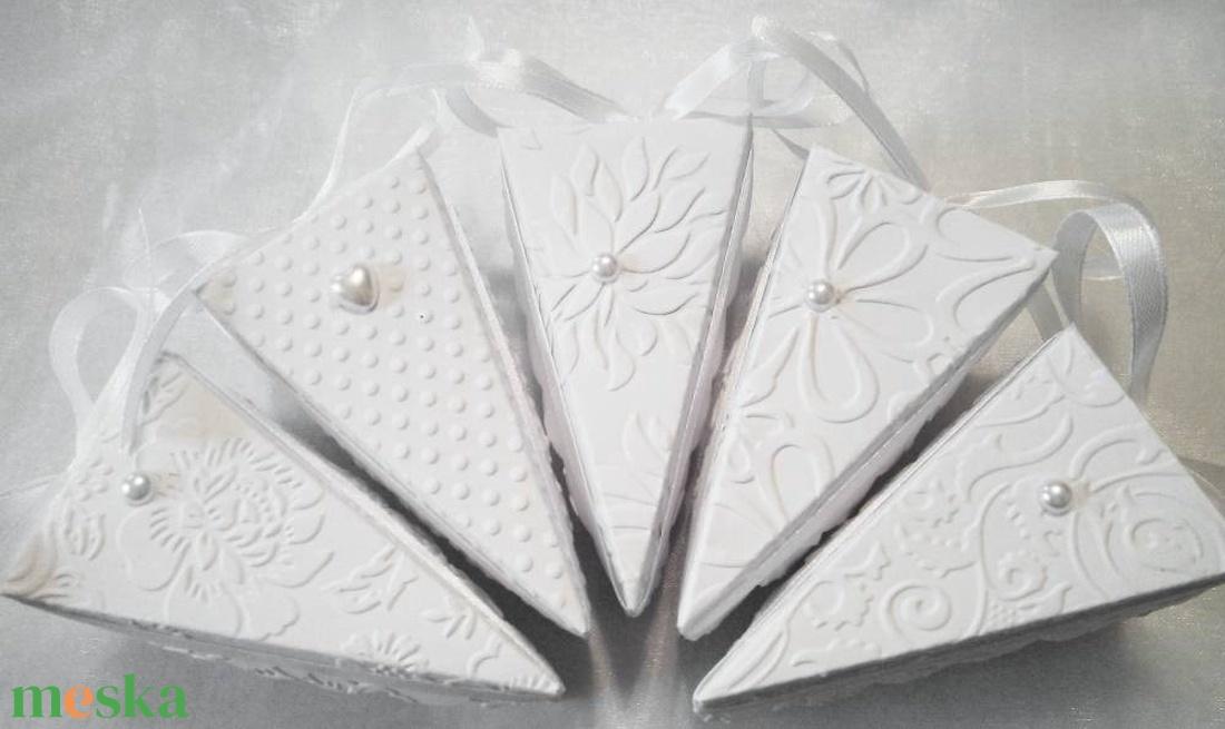 Tortaszelet formájú esküvői meghívó - esküvő - meghívó & kártya - meghívó - Meska.hu