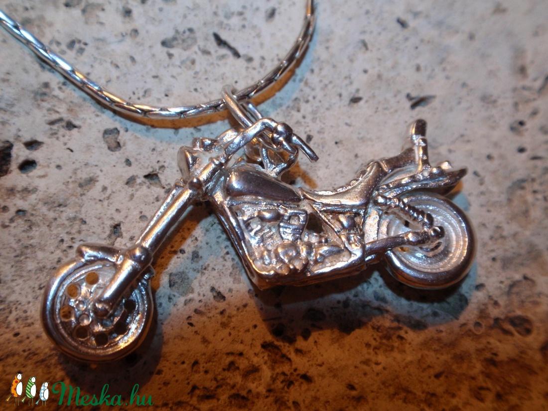 Harley-Davidson moci medál - ékszer - nyaklánc - medál - Meska.hu