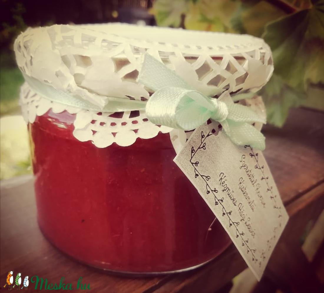 Akácvirágos eper (baktimi) - Meska.hu