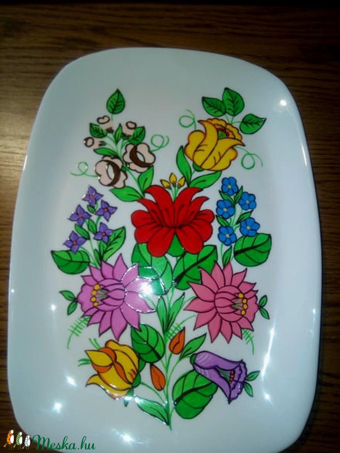 Kalocsai kézzel festett porcelán tál . (bartokaniko) - Meska.hu