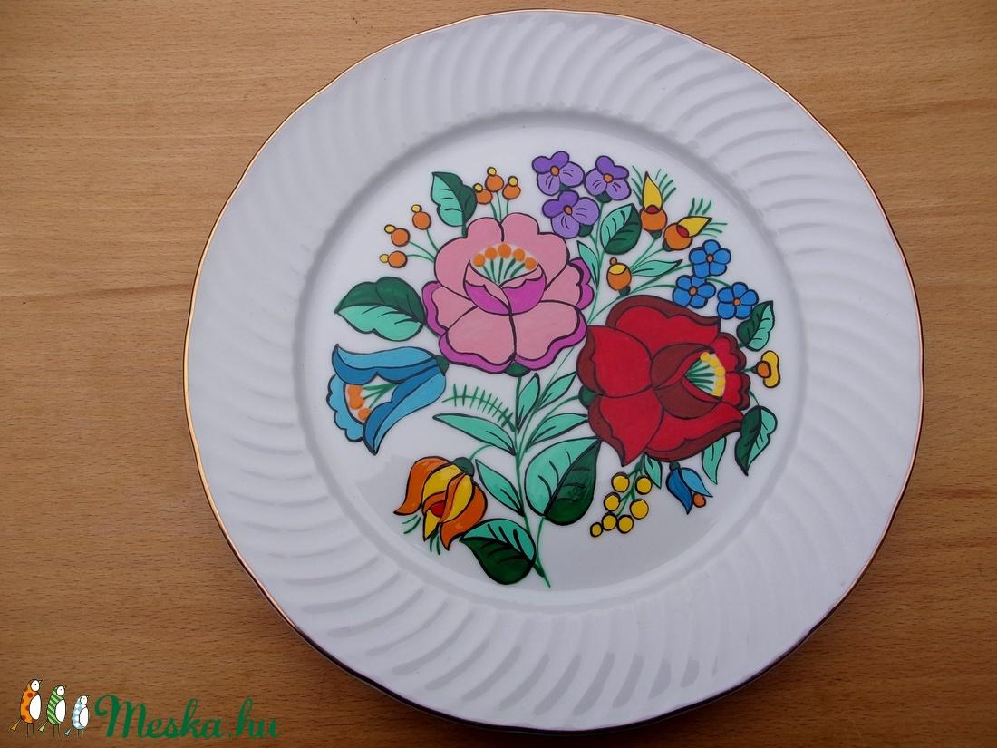Kalocsai kézzel festett tányér. (bartokaniko) - Meska.hu