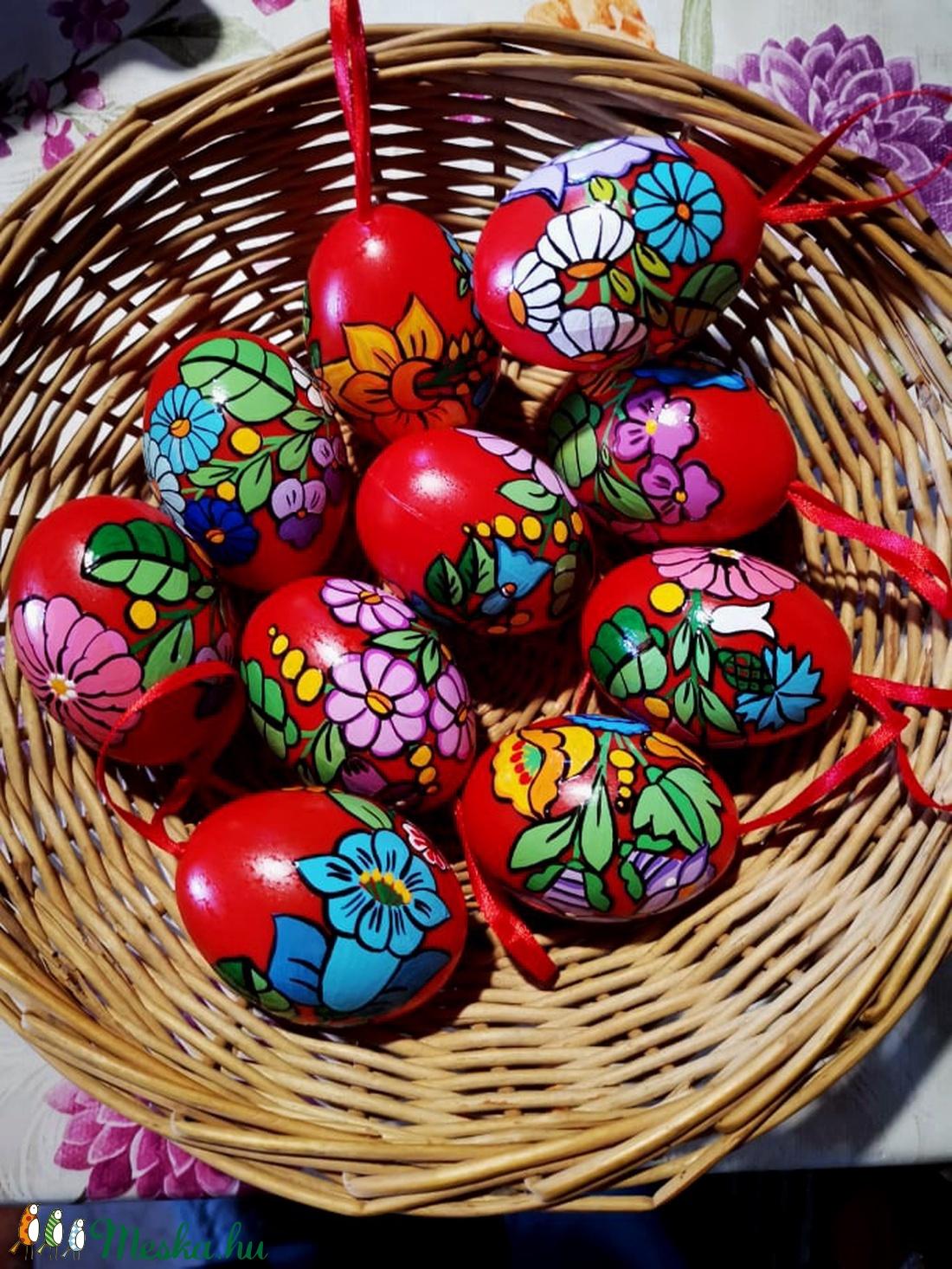 Kalocsai kézzel festett müanyag tojás 6 cm ,10 db . (bartokaniko) - Meska.hu