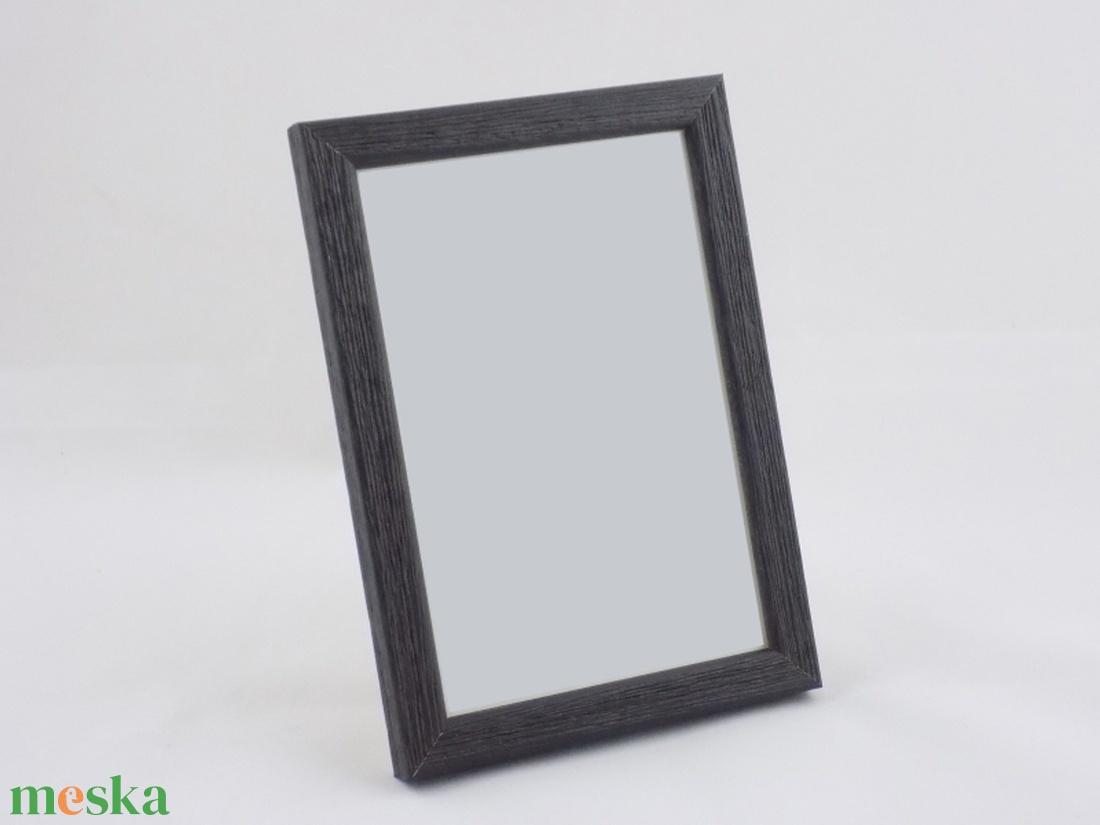 3d9171a782 A4 (21x29,7 cm-es) fekete fa képkeret, dekoráció, fali kép, keret