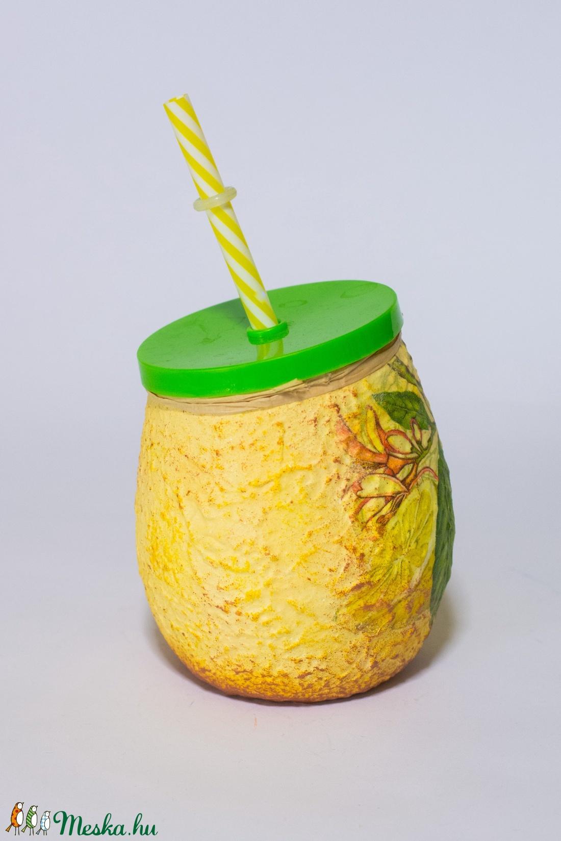 Citromos szívószálas üdítős üveg ajándék anyák napjára tavaszi méregtelenítesre gyermeknapra - otthon & lakás - konyhafelszerelés - pohár - Meska.hu