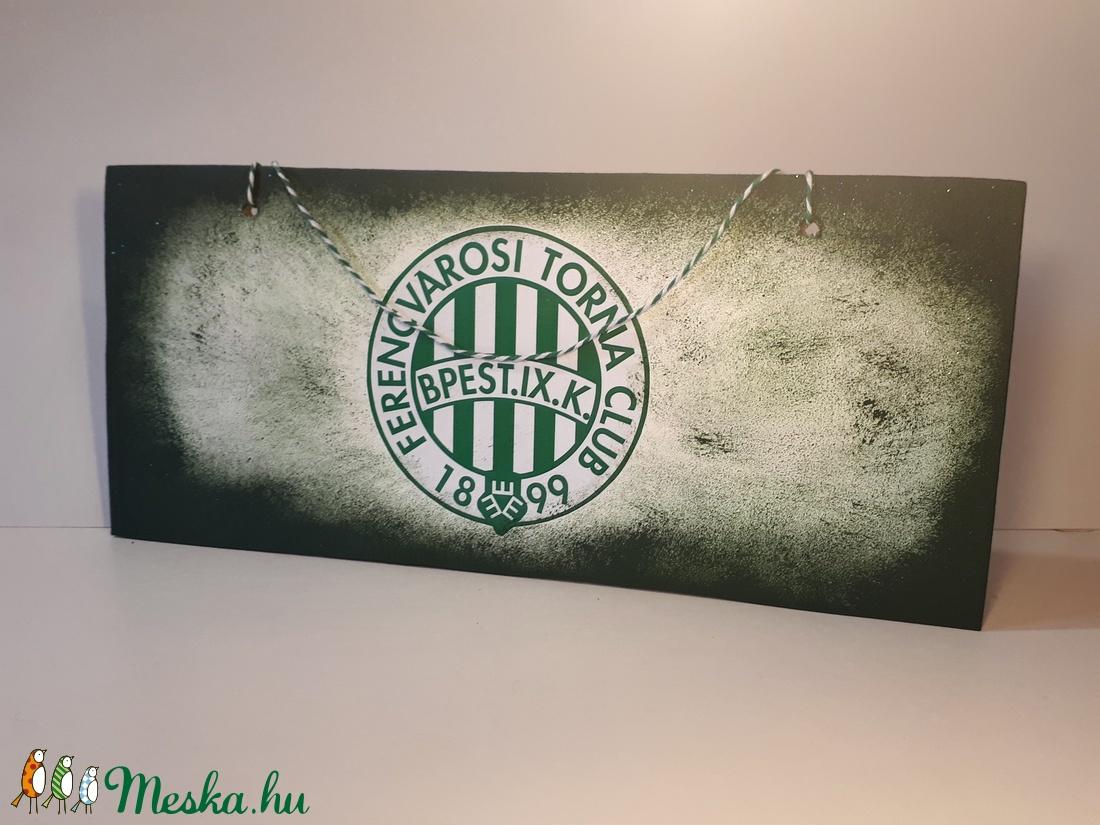 FTC fa fluroeszkáló ajtó tábla, kopogtató, ajtódísz, falidísz, emléktábla futball rajongói ajándék (Biborvarazs) - Meska.hu