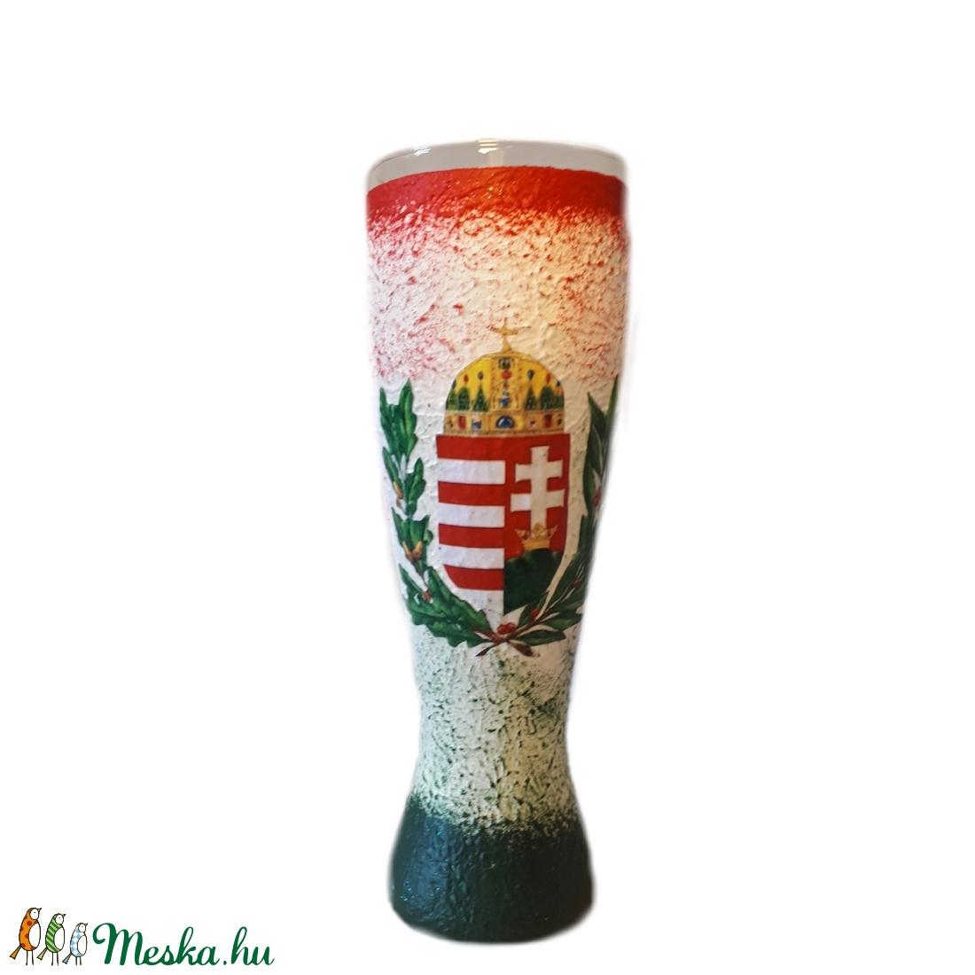 Piros-fehér-zöld mintás, címeres magyaros dísz-és használati sörös pohár nászajándékba, évfordulóra (Biborvarazs) - Meska.hu
