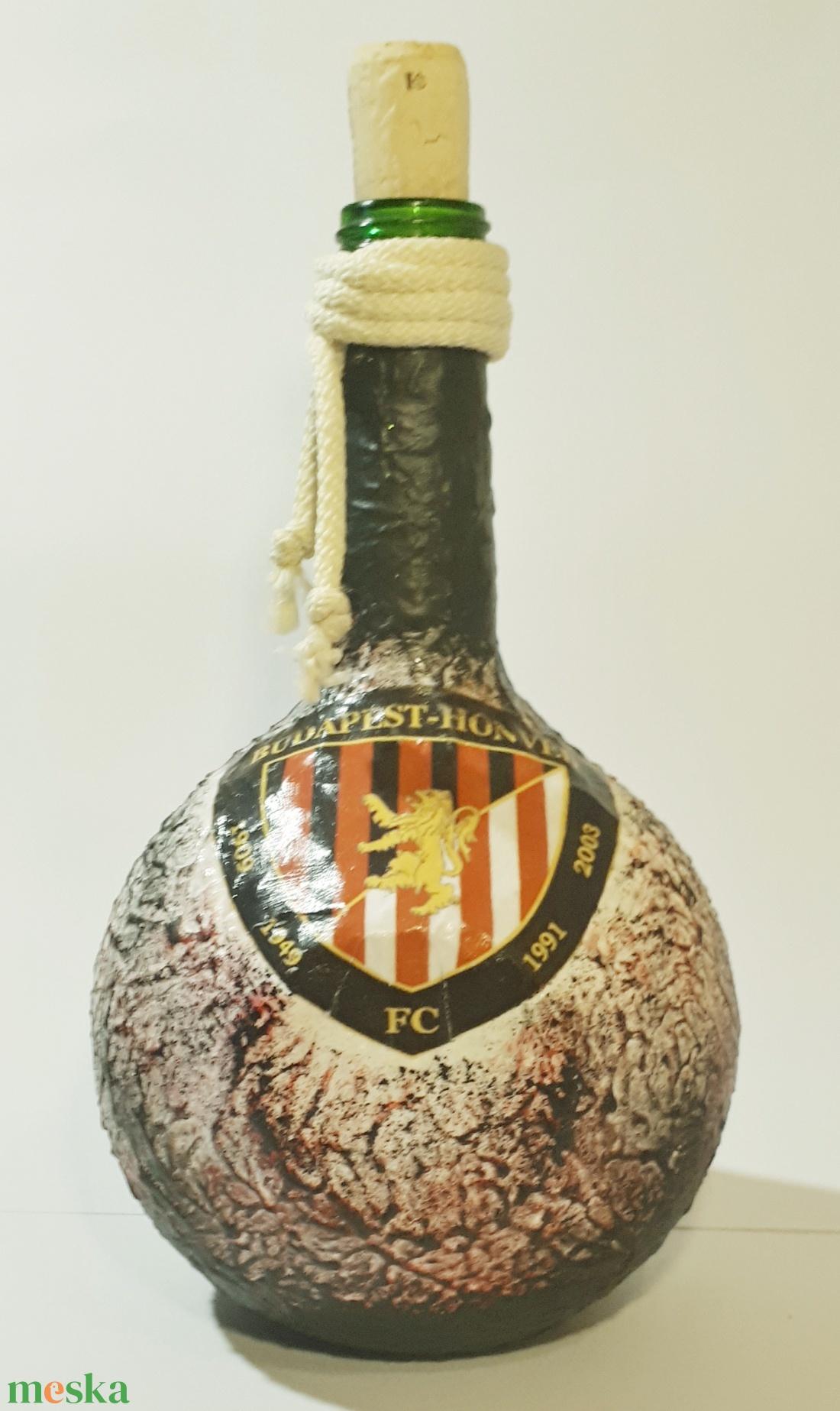 Budapest Honvéd dísz- és használatí üveg sport rajongói ajándékl (Biborvarazs) - Meska.hu
