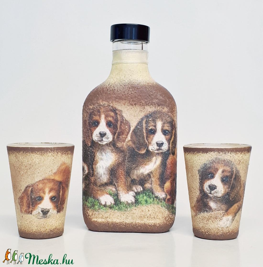 Ami a zakó belső zsebében is elfér: kutyás lapos üveg két snapszos pohárral állatbarátoknak. - otthon & lakás - konyhafelszerelés - üveg & kancsó - Meska.hu