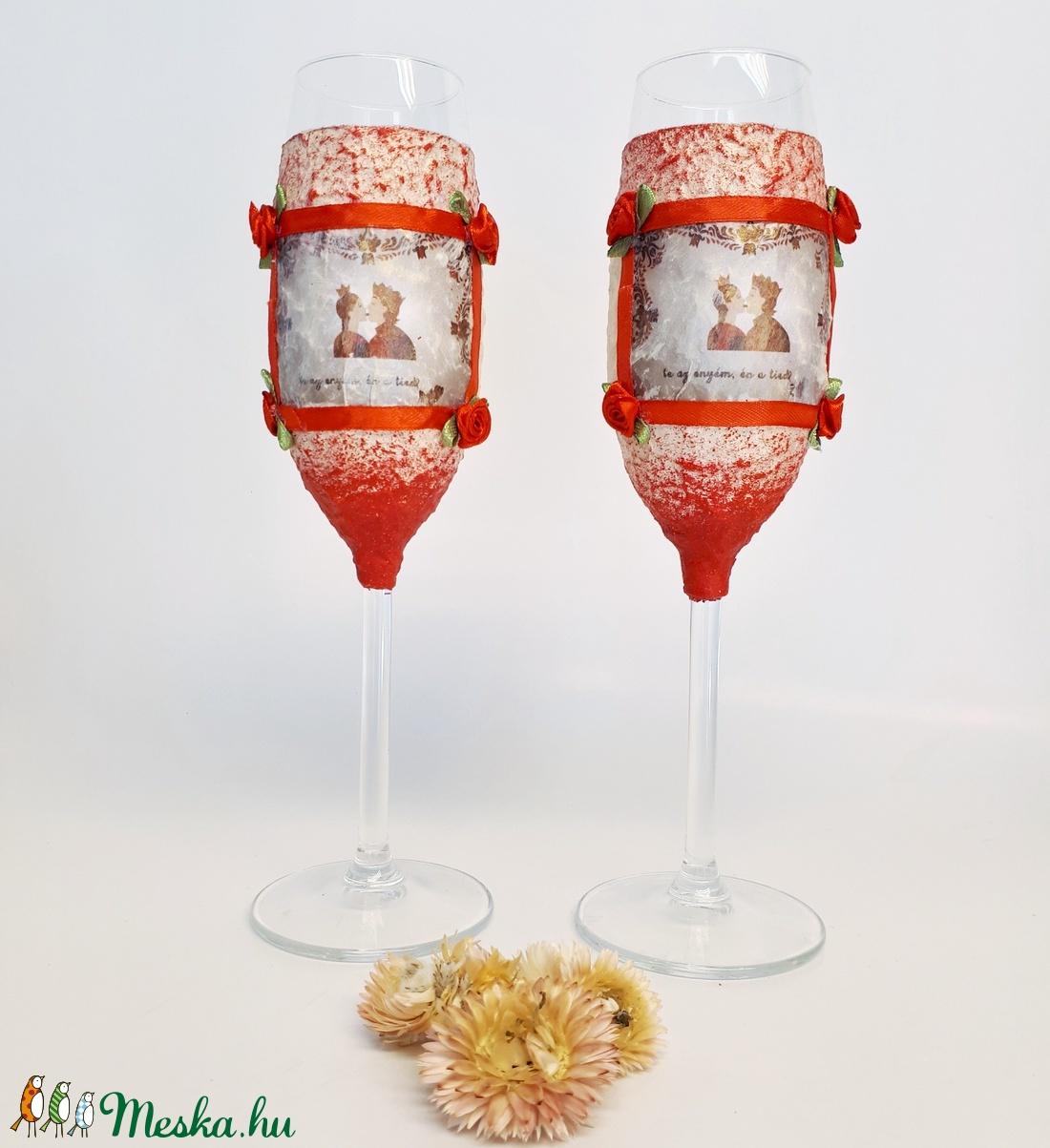 Én a tied te az enyém pezsgős pohár, feliratos magyaros ajándék eljegyzésre, nászajándékba, évfordulóra valentin napra - esküvő - dekoráció - tálalás - Meska.hu