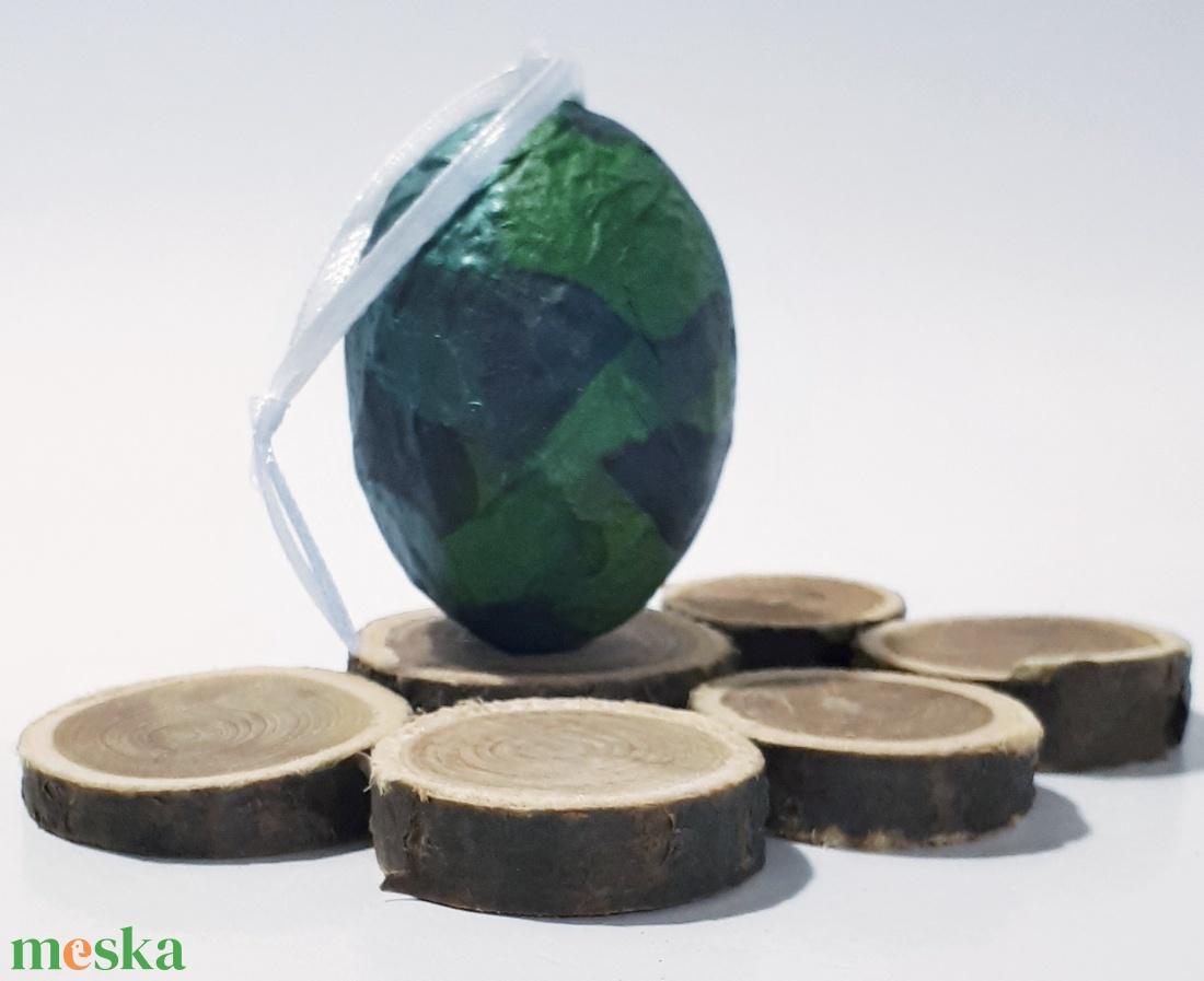 Katonai, terepmintás meglepetés tojás katonáknak, húsvéti tojás nem csak húsvétra, névnapra, szülinapra, gyermeknapra. (Biborvarazs) - Meska.hu