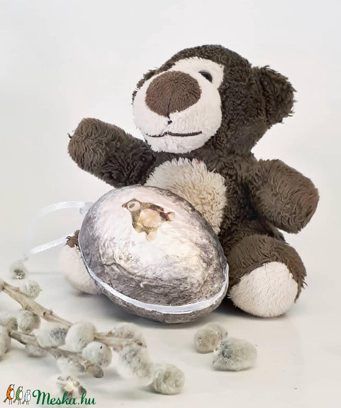 Macis meglepetés tojás macis húsvéti tojás nem csak húsvétra, névnapra, szülinapra, gyermeknapra. (Biborvarazs) - Meska.hu