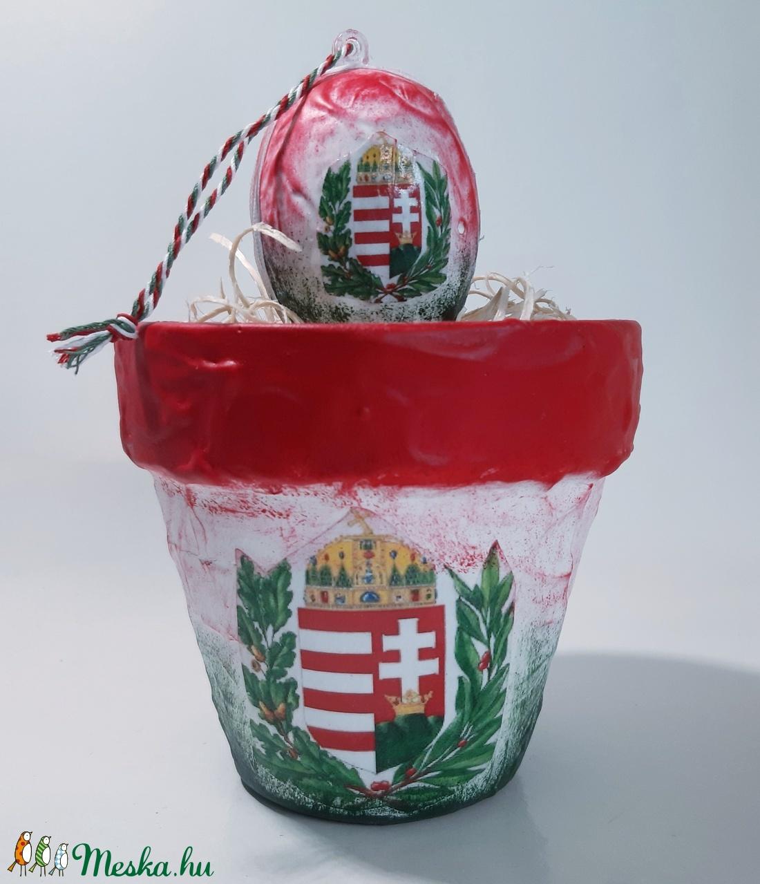 Magyar címeres kaspó meglepetés tojással, virágcserép, szülinapra, névnapra, húsvéti asztali dísz, ajándék házavatóra. (Biborvarazs) - Meska.hu