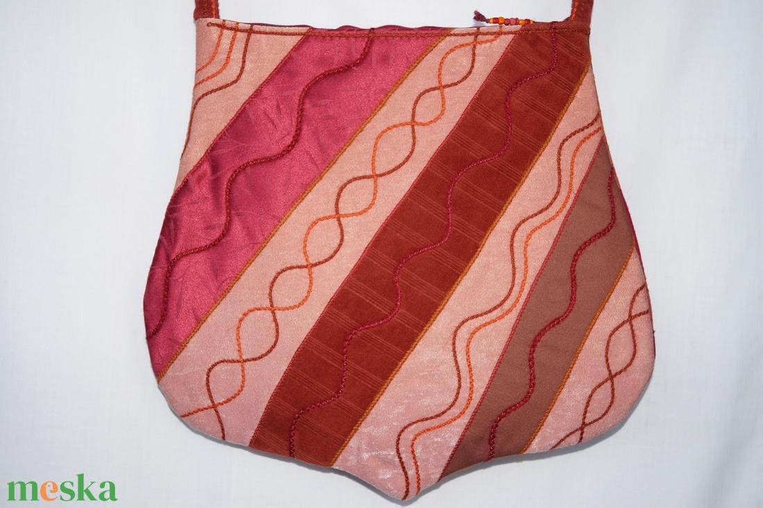 Narancssárga-rozsdabarna-piros, szivárványos válltáska - táska & tok - kézitáska & válltáska - válltáska - Meska.hu