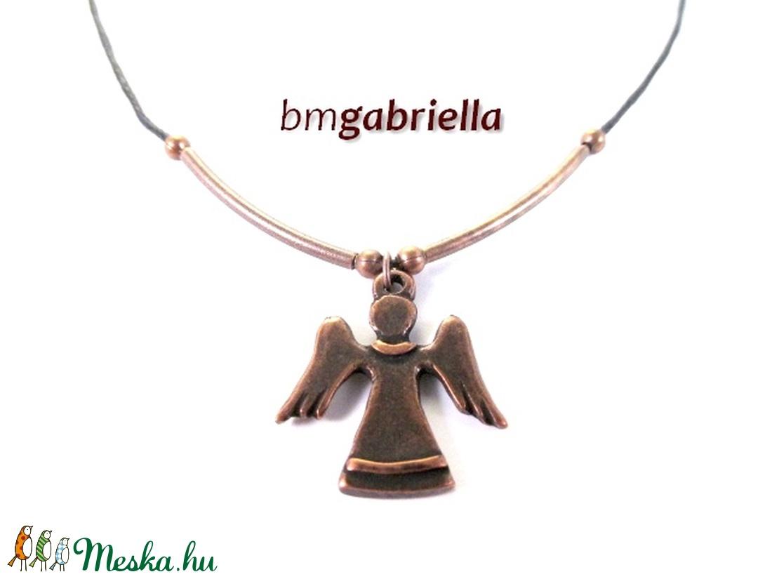 Röppenő angyal - designer medál, angyal medál - egyedi tervezésű, kézműves ékszer - ékszer - nyaklánc - medál - Meska.hu